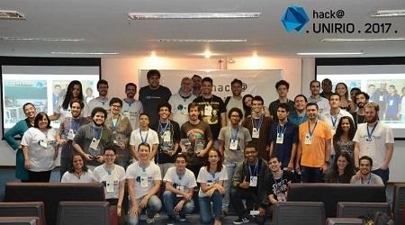 Todos os participantes, organizadores e mentores da maratona Hack@UNIRIO